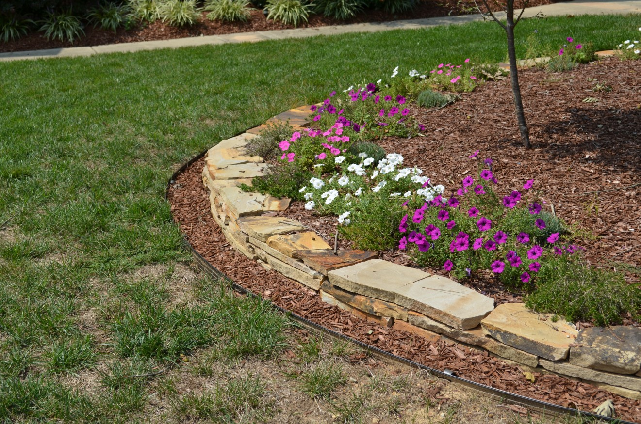 Edging West Lake Landscaping